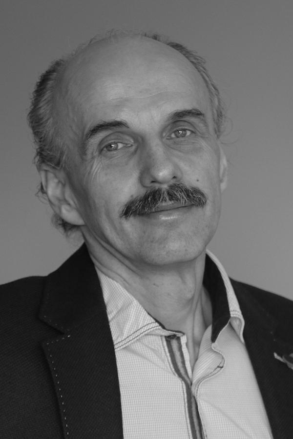 Milan Kočiš FMDESIGN INTERIORS