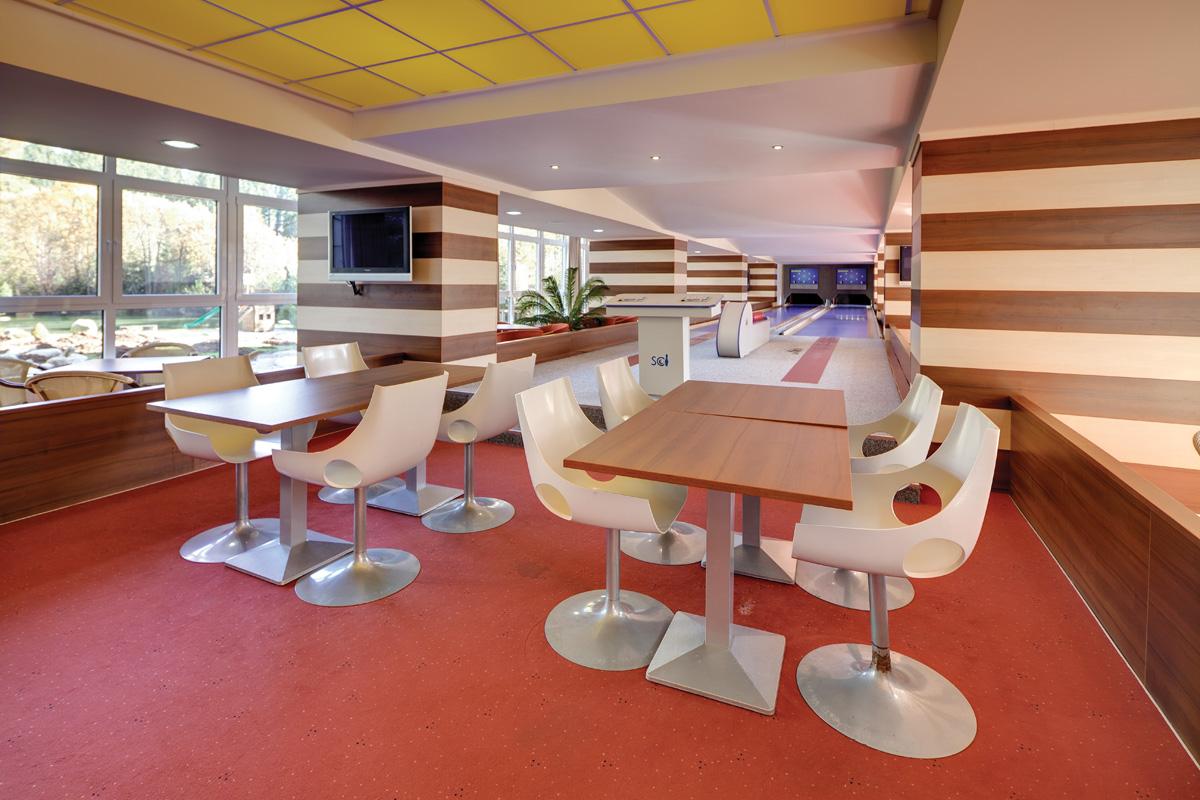 Restauracne a kaviarenske interiery