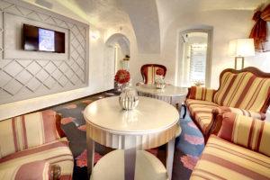 Interierovy dizajn hotel lobby interier