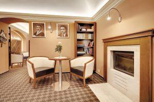 Interiér kaviarne Hotel Hviezdoslav FMDESIGN