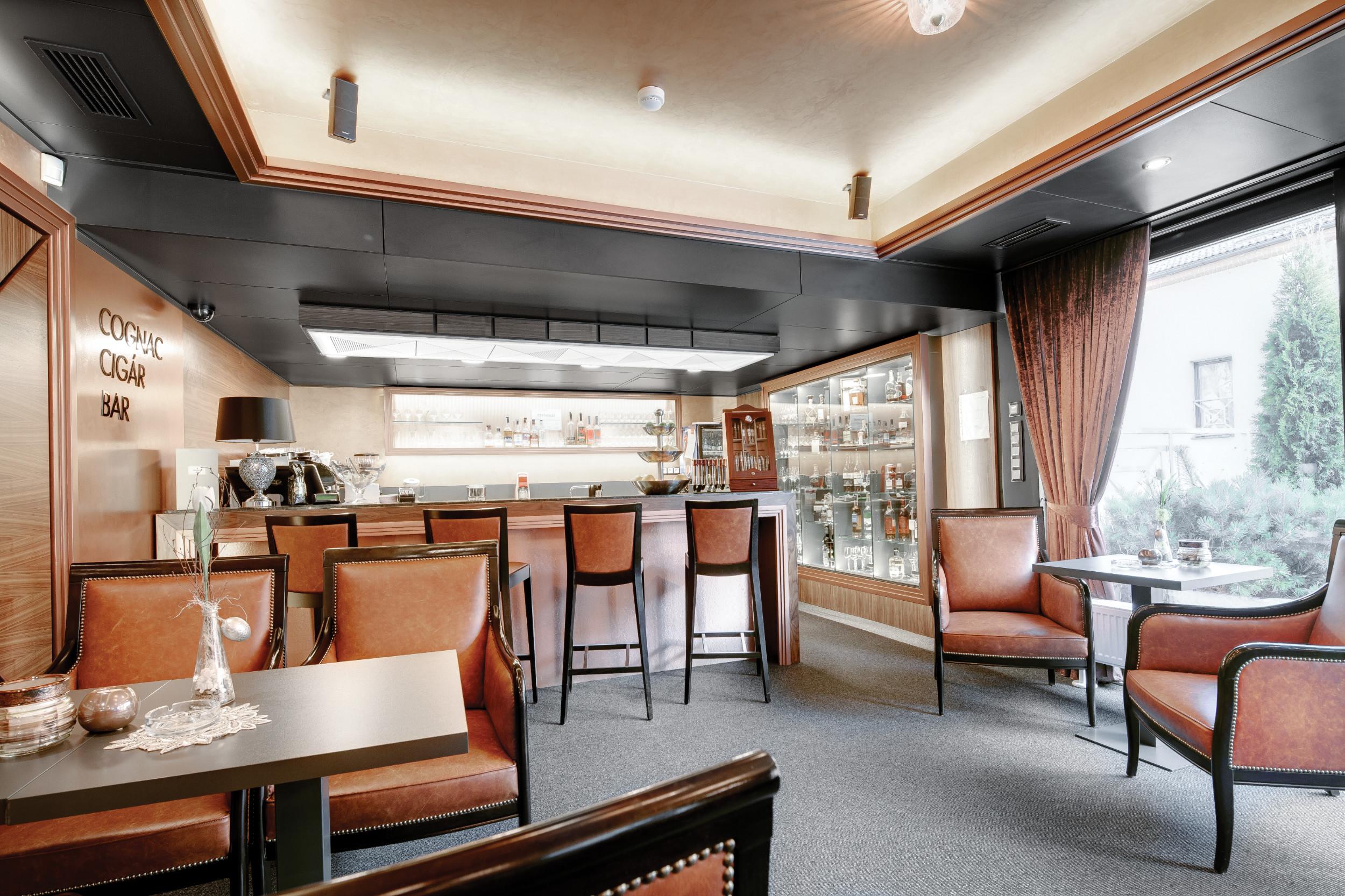 CigarBar Interior Zigarren Lounge